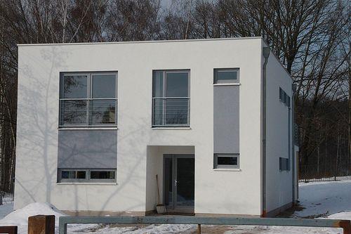 Gro�es Einfamilienhaus/EFH als modernes Wohnhaus in Holzrahmenbauweise - Zimmerei Walther Dresden / Pirna
