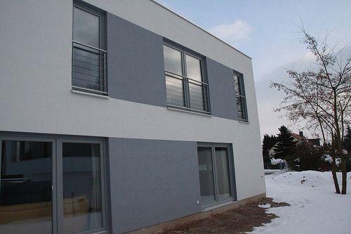 Modernes Einfamilienhaus als Holzrahmenbau verputzt - Zimmerei Walther Dresden / Pirna