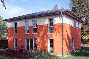Stadtvilla, Deckung mit Frankfurter Pfanne in Granit